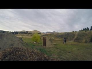 8-летний мальчик, наконец, сделал первое сальто на велосипеде