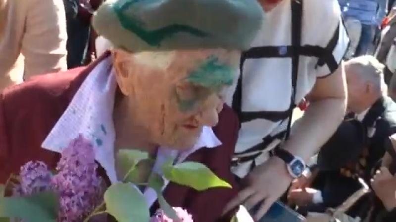 В Славянске проведал женщин-ветеранов Великой Отечественной войны