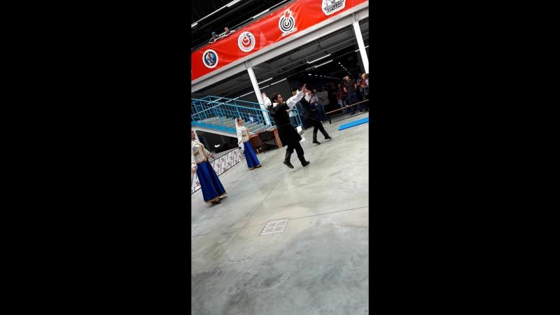 Азербайджанский народный танец, Арт-студия