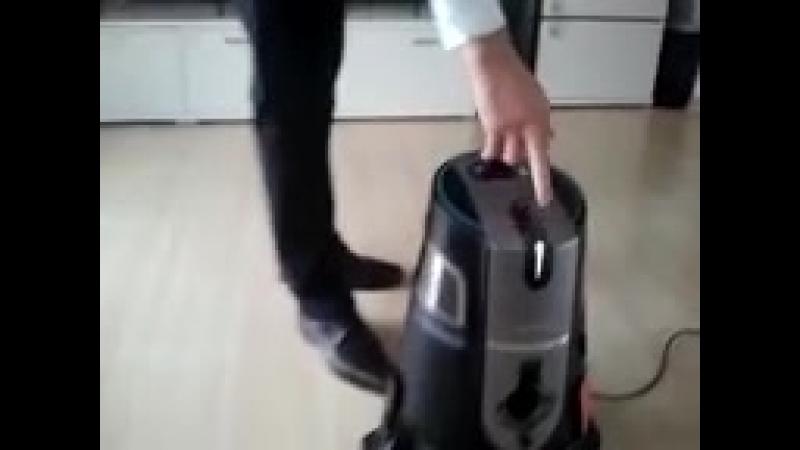 Эффективный моющий пылесос в Германии. Aura Roboclean Splus Germany