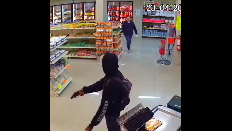 Попытка ограбления магазина