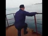 Кузя прыгай, корабль тонет???