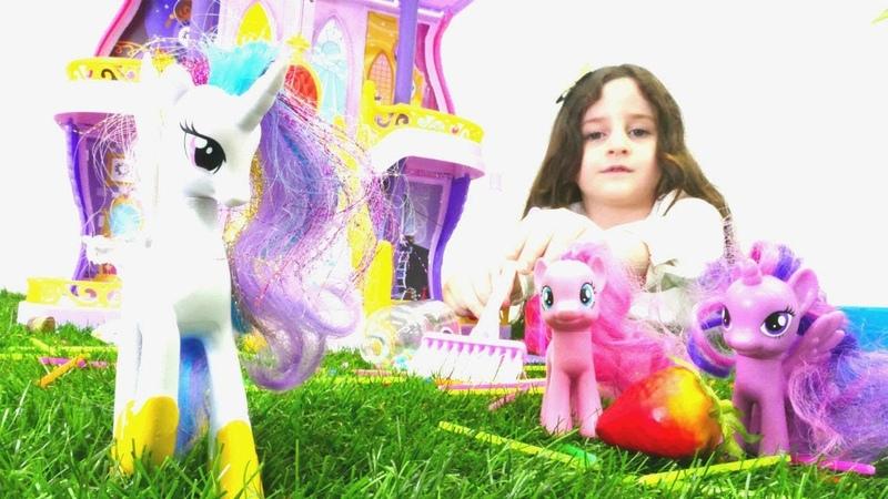 My Little Pony şatosunda temizlik yapalım. Kız oyunları
