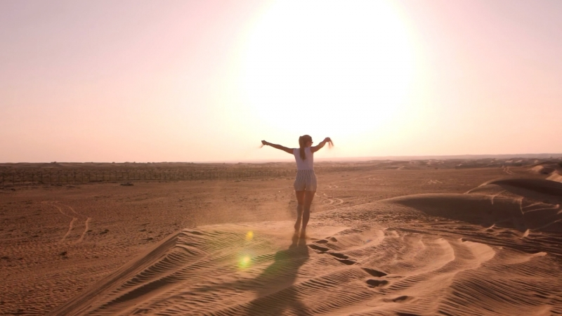 Моя любимая моделька и тёплый Дубайский песок.