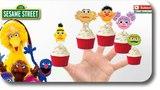 Sesame Street Cupcake Finger Family Rhyme Lyrics Ernie and Bert, Muppets Kermit Sesamstrasse Puppen