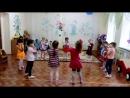 Подготовка к 9 мая- танец с платочками