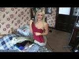 У зрелой блондинки дома без порядок особенно на кровати