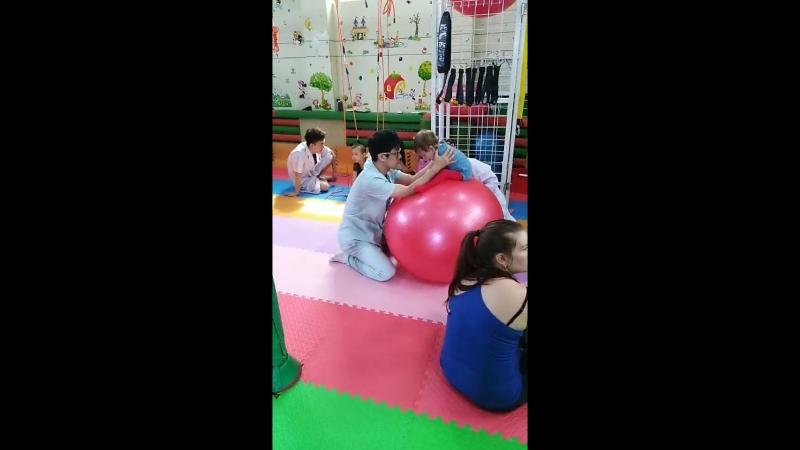 ЛФК -лечение ДЦП в китае.