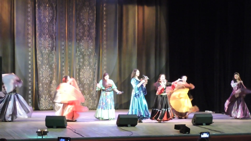 Семейный цыганский ансамбль