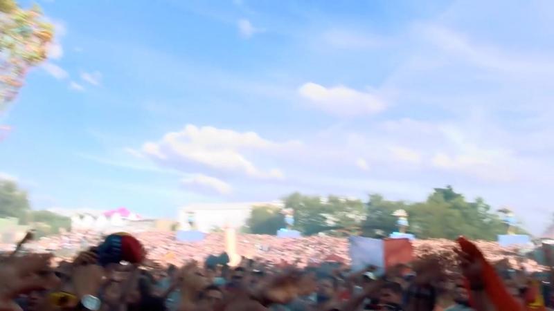 Yves V Regi @ Tomorrowland 2017 [Viktor Ostrovsky]