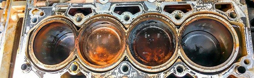Почему двигатель «ест» масло? 7 распространенных причин