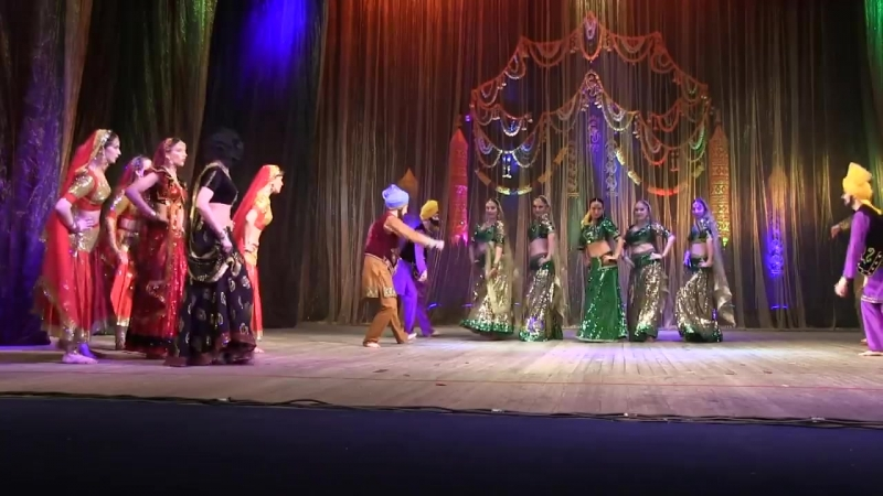 Choli ke peeche, Indian Dance Group Mayuri, Petrozavodsk