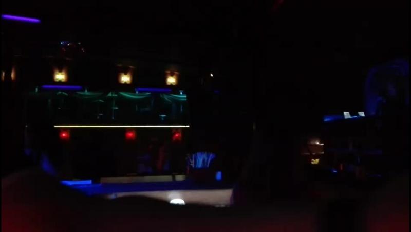Gravitation Crazy Night C... - Live