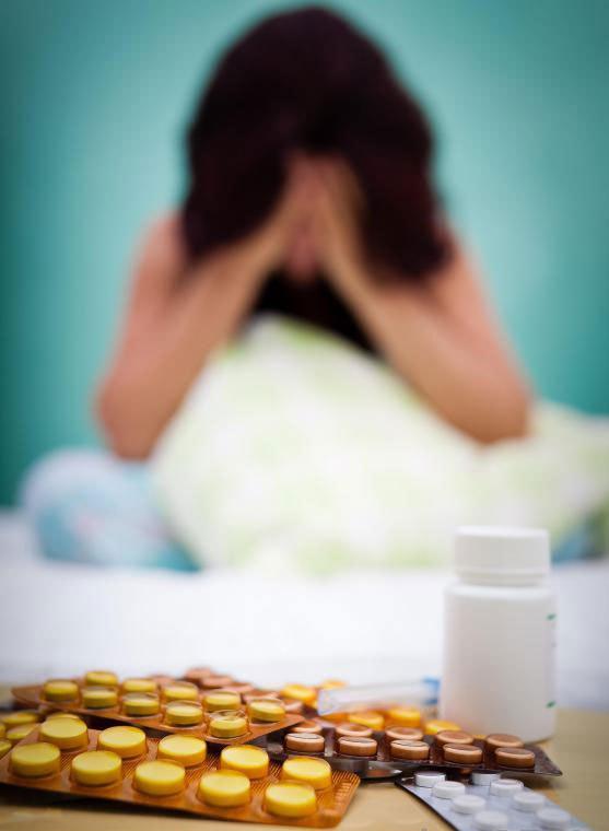 Принимая лекарства, предписанные другим, является признаком злоупотребления наркотиками и наркомании.