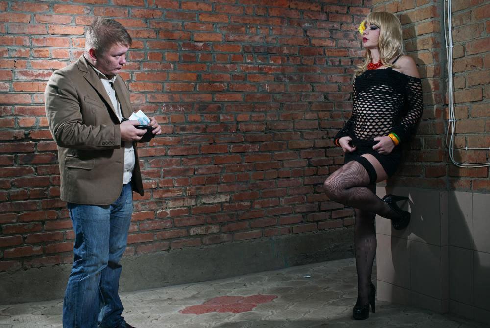наркоманы занимаются проституцией