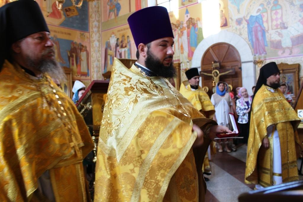 Архиепископ Ефрем возглавил Божественную литургию, посвященную празднованию 1030-летия Крещения Руси