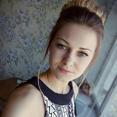 Яна Альмашова
