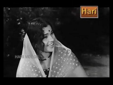 Song MAARIMALAR CHORIYUNNA from Film Maram 1973 Original