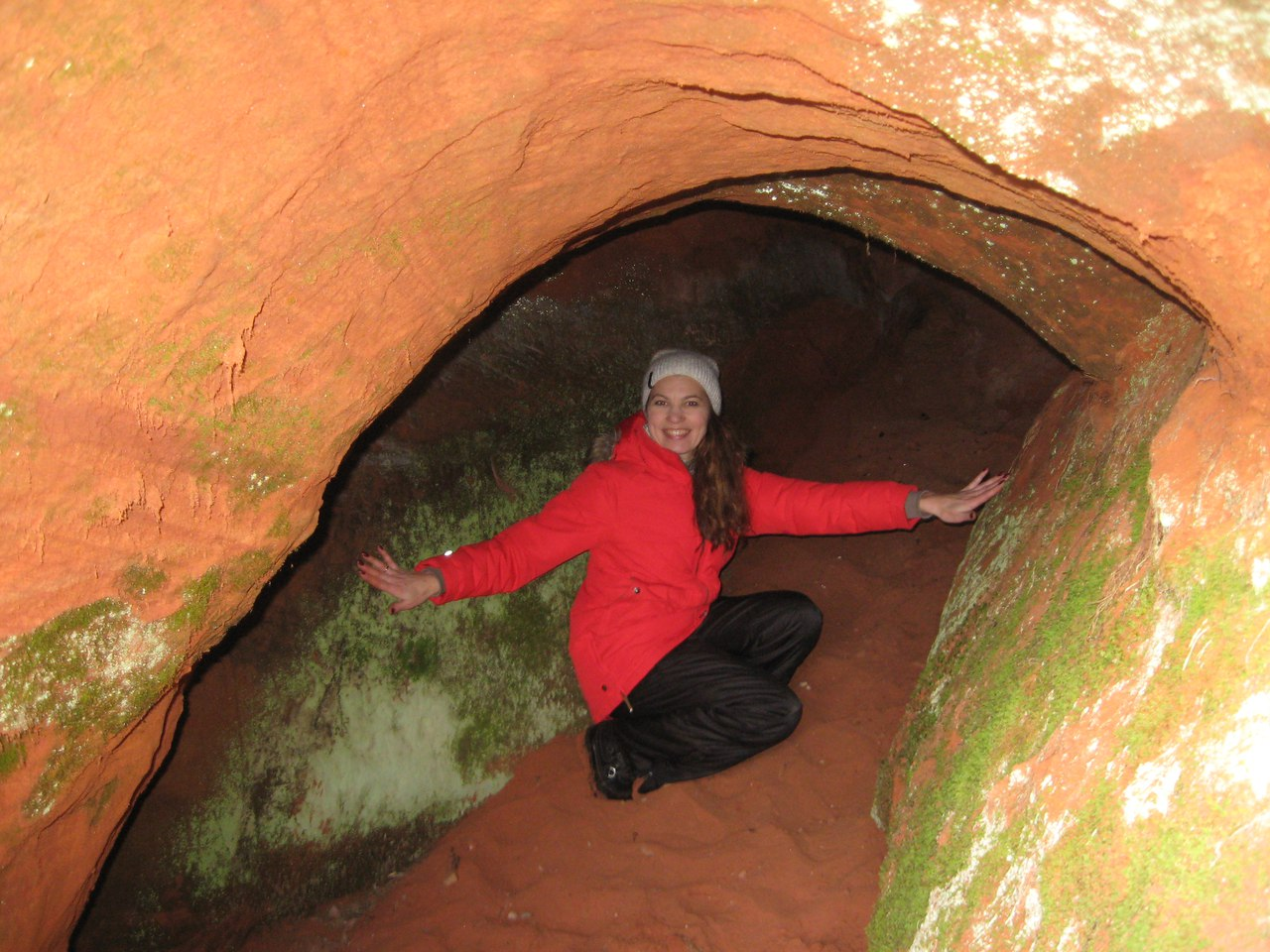 Предновогодний поход по Сиверской. Водопад,башня и пещера