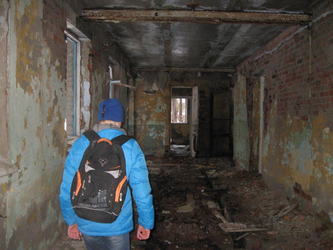 Руины заброшенных пионерских лагерей в Сиверской. Встали с колен?