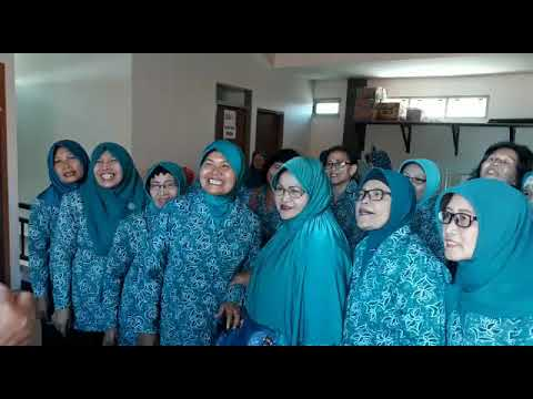 Ibu PKK Kel Ploso Surabaya dukung Pilkada damai tolak berita Hoax