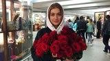 Зина Куприянович on Instagram Я ещё даже не села на поезд в Питер, а миллион алых роз уже есть