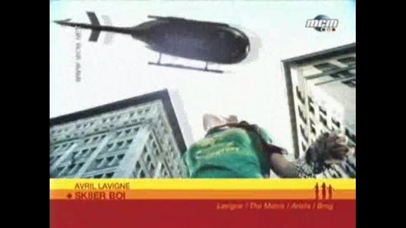 Avril Lavigne - Sk8er boi (MCM, 11.02.2003)