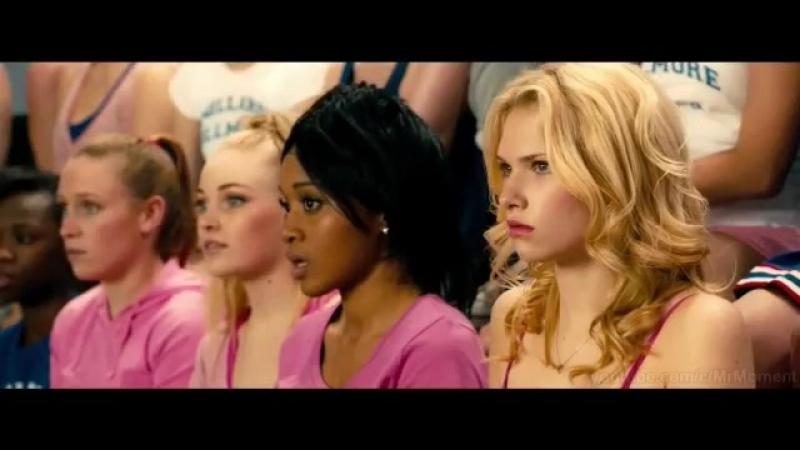 Кадр из фильма Пипец 2. Школьное прослушивание Минди (Убивашка)