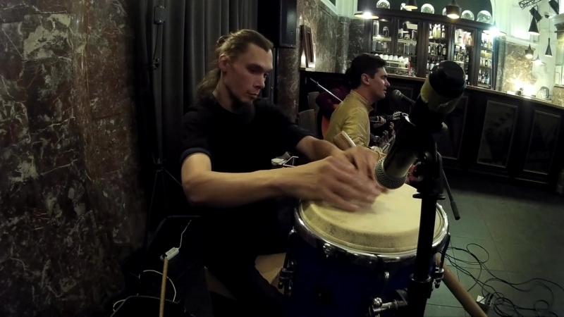 Андрей Мишенцев перкуссионист группы JEEVA percussionist's camera