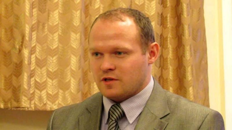 Беспредел! Депутат-единоросс из Пушкинского района Подмосковья Андрей Одинцов ударил подростка за