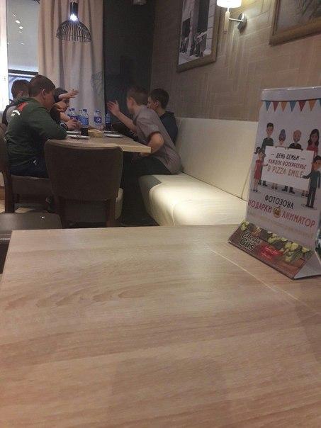 Мальчики которые были сегодня в Pizza Smile. Большое спасибо за поднят