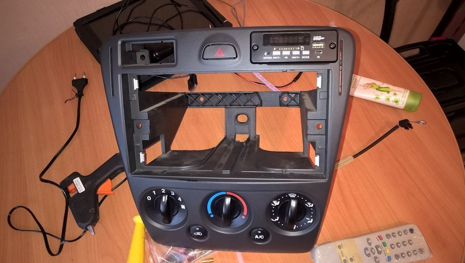 Подключение модуля с bluetooth aux usb и радио