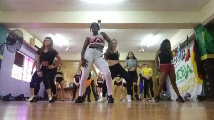 """KimikoVersatile Intl Dancer on Instagram: """"Versatile Class the other day with @topup_production batch of girls at @dancejamaica_academy... Taught v..."""