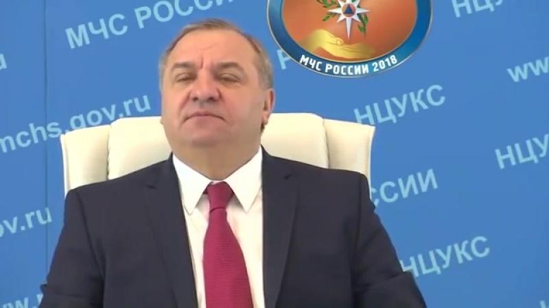 Глава МЧС обозвал бездельниками пожарных Якутии