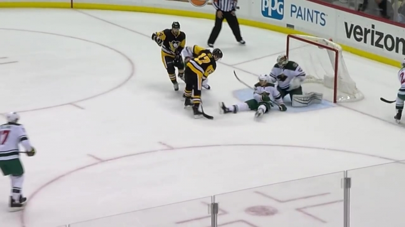 Januarys NHL saves of the month_ Mike Smith flashes the glove, Price makes a pa