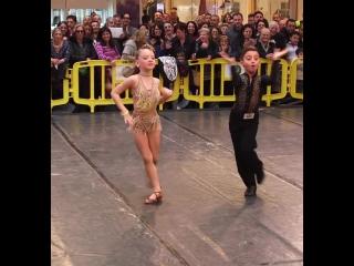 Latin Ballroom - Kids - Antonio & Maria Rosaria