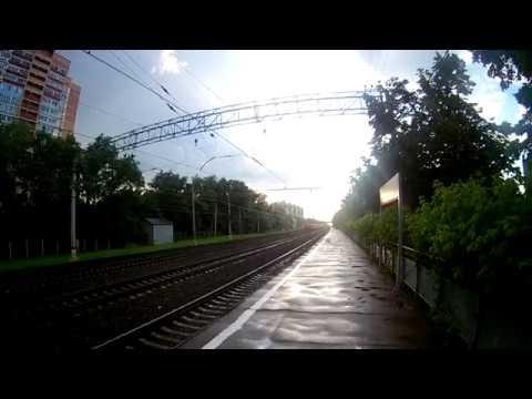ЭД4М-0481(РЭКС Голутвин) и ЭД4М-0198(Москва-Казанская-Пл.47 км.) на платформе Фабричная.