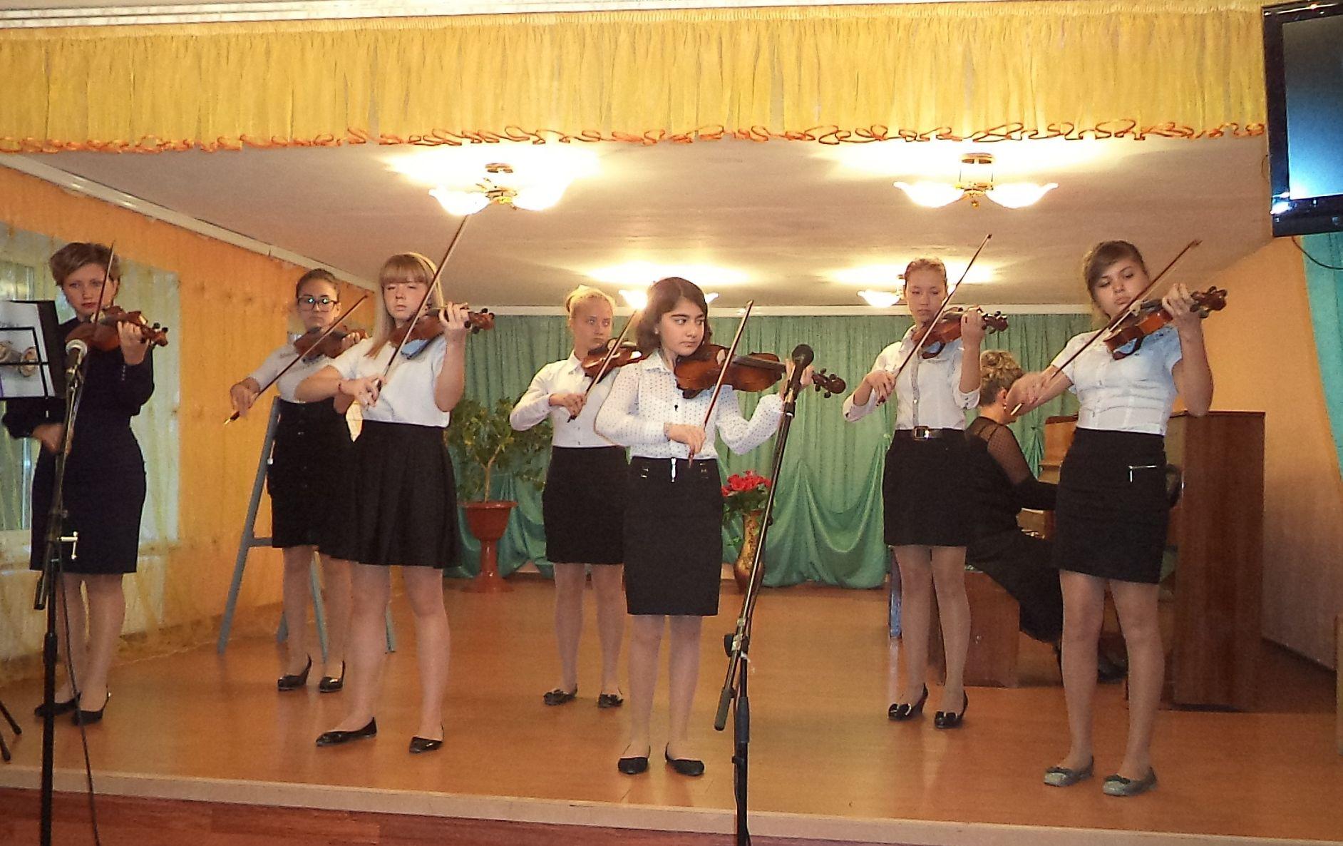 В школе искусств города Армянска прошел концерт