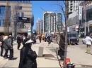 В Торонто грузовик протаранил толпу людей. Не менее двух человек погибло.Видео 18