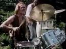 Музыка Prodigy наложена на клип каких-то хиппи! Apache Ultimate Re-Remix (Prodigy - Breathe)