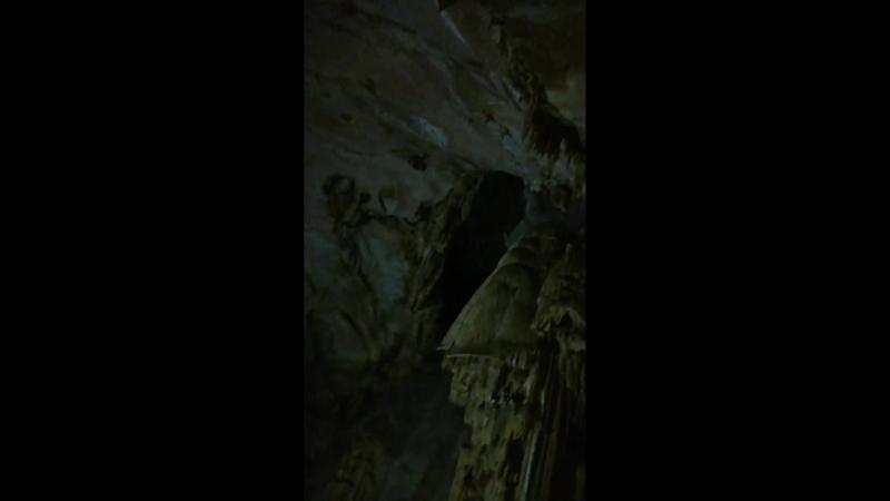 Эмине Баир Хосар пещера
