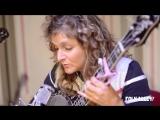 """Abigail Washburn & Béla Fleck - """"Shotgun Blues"""" (Folk Alley Sessions)"""