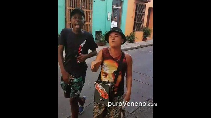 Freestyle en una calle de Cartagena Colombia