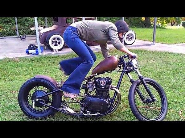 😉 Девушки и Кикстартер на Мотоцикле 😈!
