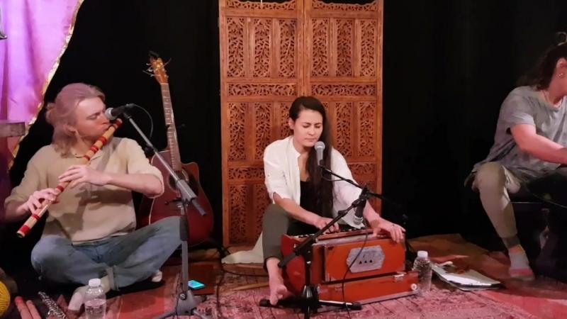 ACHINTYA SHAKTI LALITA FRIENDS 11 feat. DINARA Sita Ram Jai Jai Ram (12.05.2018).mp4
