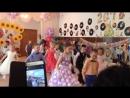 Танец стиляг на выпускном