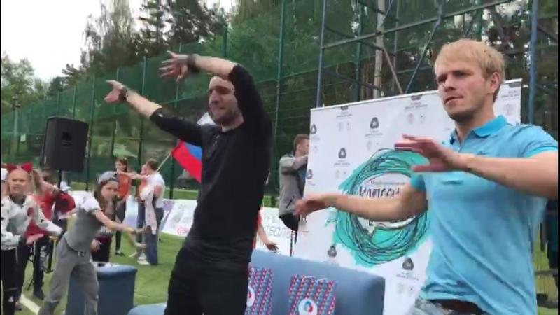 Нас не удержать! Танцуем с актерами Московского Губернского театра!