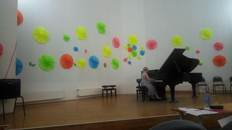 Выступление Ксюши Соболевой в Костомукше на конкурсе пианистов Баренц-региона.