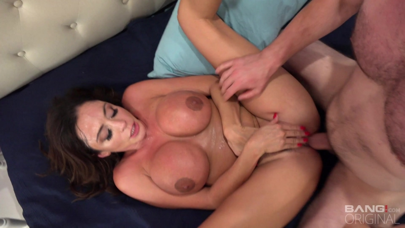 Ariella Ferrara (Big Tit Milf Fucks The Pool Mechanic) sex porno