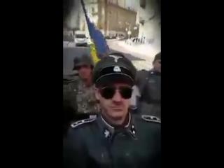 """Нацисты во Львове ездили в форме дивизии СС """"Галичина"""""""
